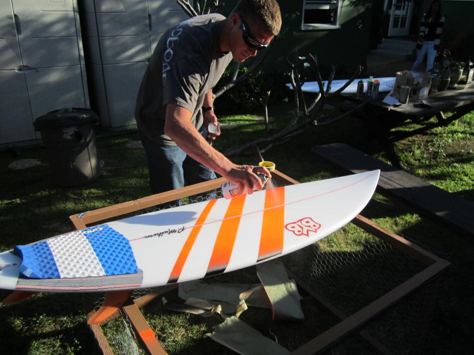 paint spray surf board properly station transworld rip