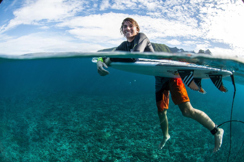 Reef Calendar Wallpaper : Asp billabong tahiti pro contest photos
