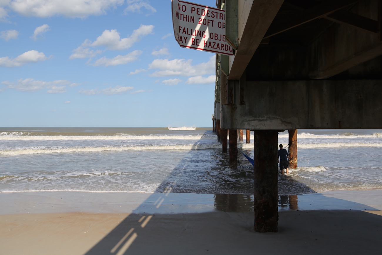 Post hurricane irma st augustine pier surf station surf report the ocean is now up to the boardwalk the stairs got wiped out the pier is still closed nvjuhfo Image collections